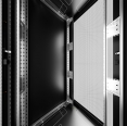 iSEVEN-Server_RI7-42-80_100-S2-inside-extrusions-web.jpg